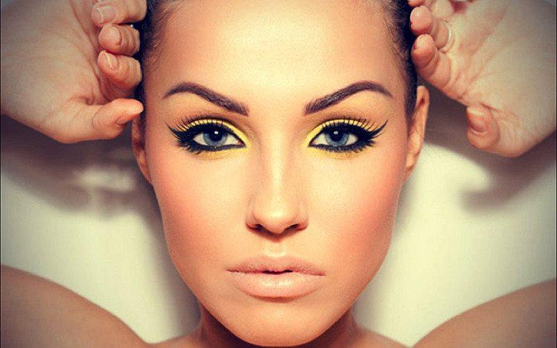 Idealny makijaż na święta - porady life4style