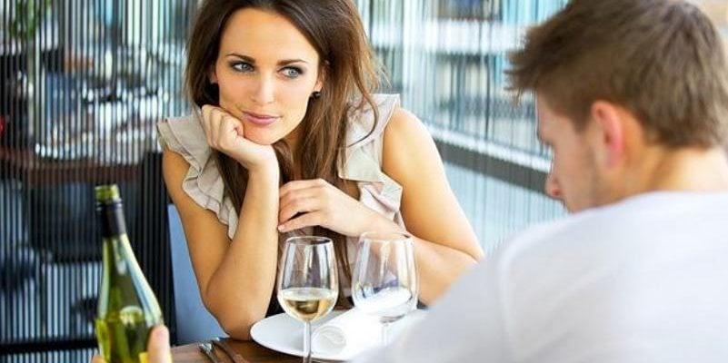 Umawiamy się na randki, co to znaczy