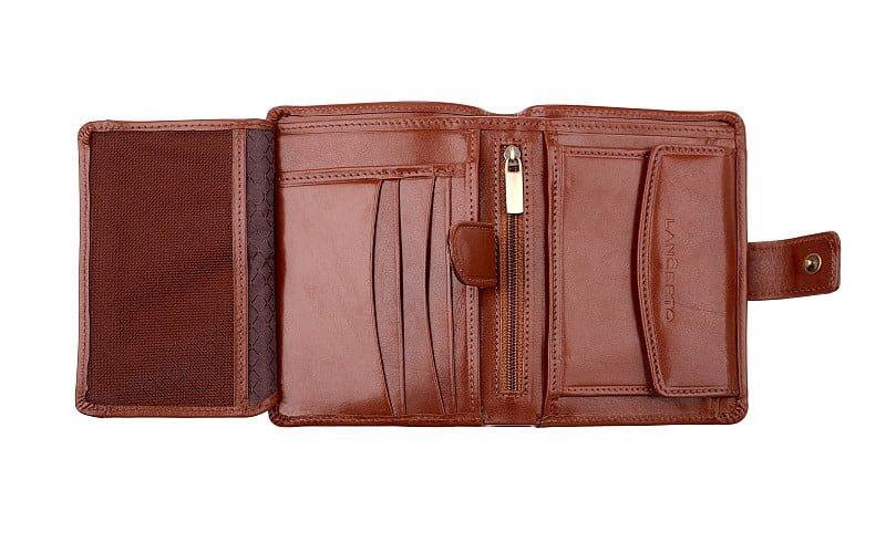 072e5ed0b Na co zwrócić uwagę wybierając męski portfel? Praktyczny poradnik