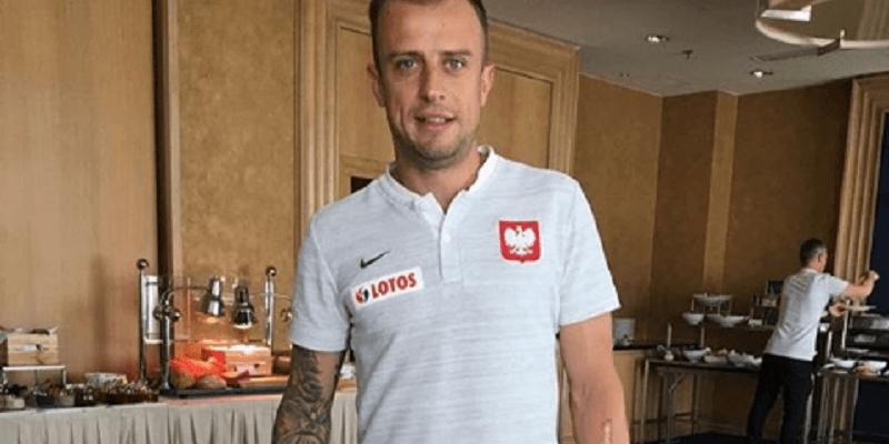 """Kamil Grosicki o swoim zaskakującym upadku! """"Zrobiłem to tylko z szacunku do Kuby"""""""