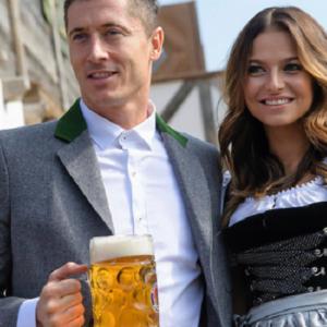 """Czy Robert Lewandowski zaskoczył Anię """"cieszynką"""" na boisku? Wiemy!"""